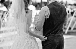 Hochzeit Im Kleinen Kreis So Feiern Sie Wunderschon